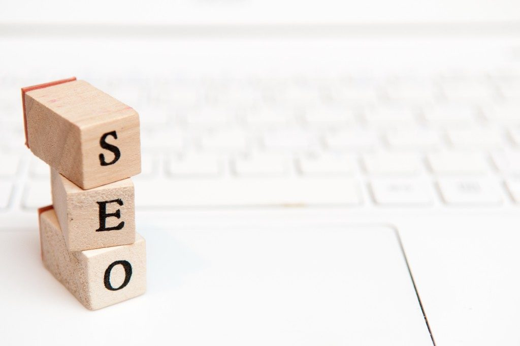miniature blocks read as SEO